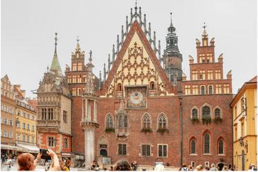 3 Ayuntamiento de Breslavia.png