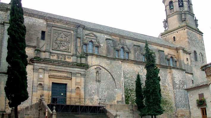 visita-guiada-por-la-catedral-de-baeza-4