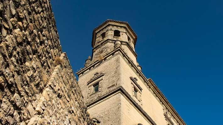guided-tour-baeza-cathedral-2