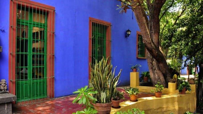 frida-kahlo-in-coyoacan-free-walking-tour-1