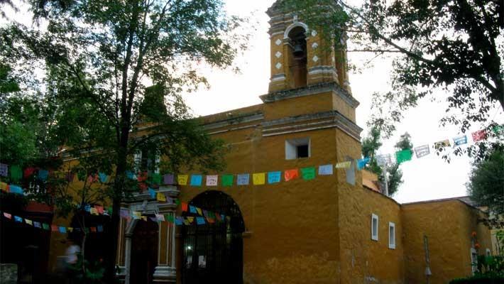 frida-kahlo-in-coyoacan-free-walking-tour-6