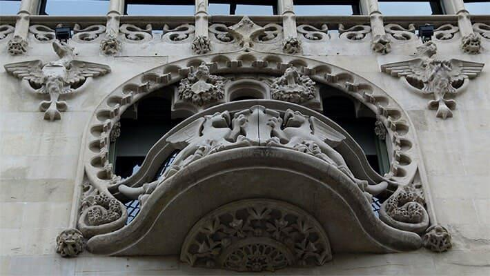 barcelona-gaudi-and-modernism-free-walking-tour-5