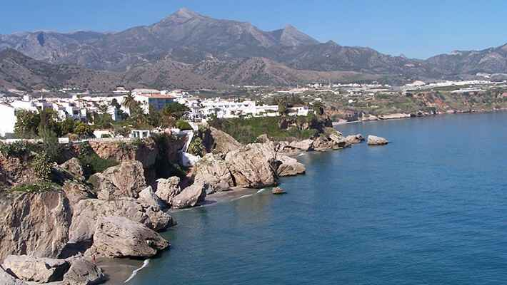 excursion-a-nerja-y-frigiliana-1