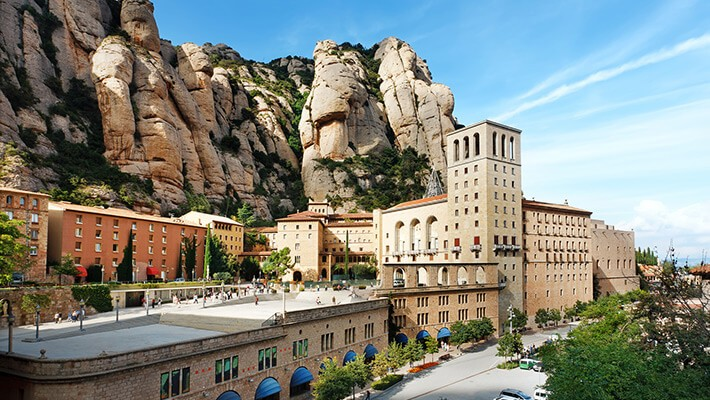 montserrat-day-trip-from-barcelona-1