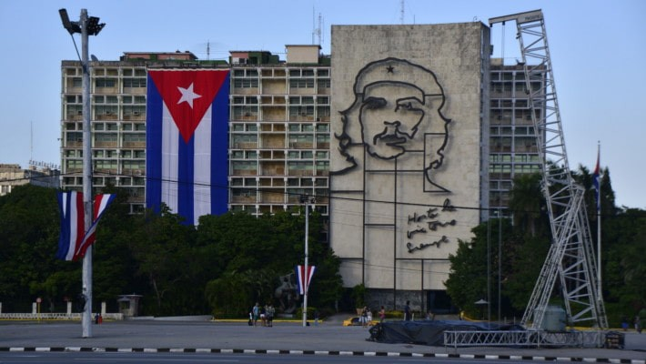 havana-revolution-free-walking-tour-3