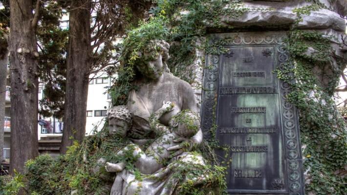 retiro-recoleta-cemetery-free-walking-tour-4