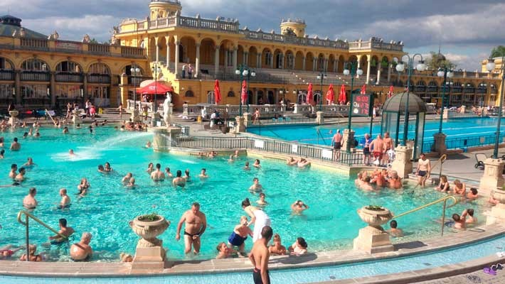 szechenyi-thermal-bath-tour-and-tickets-2