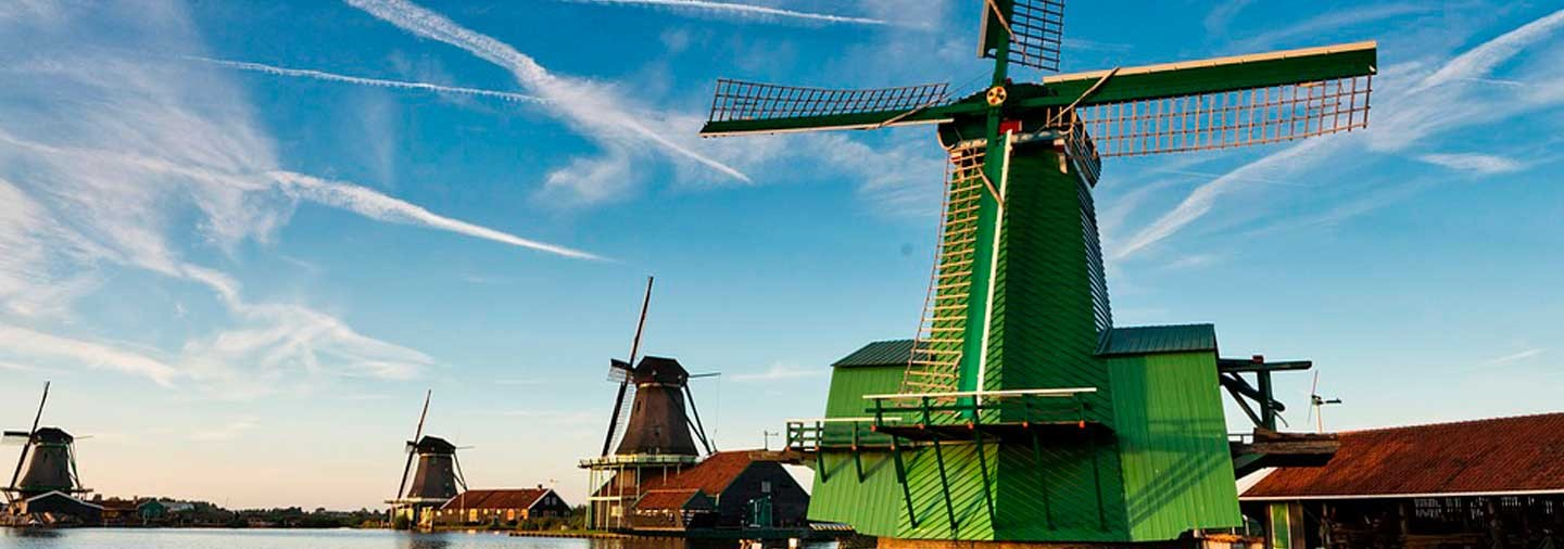 Excursion to the Mills of Zaanse Schans at sunset