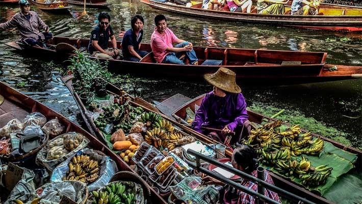 mercado-flotante-mercado-via-tren-bangkok-tailandia-1