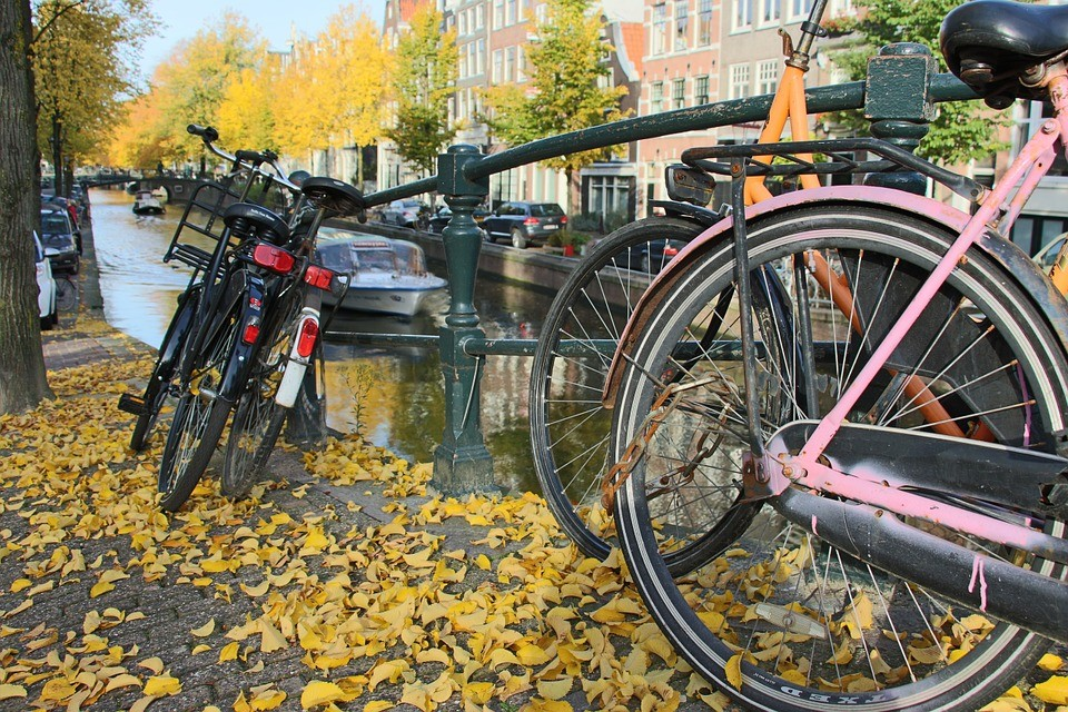anne-frank-bike-travel-tour-2