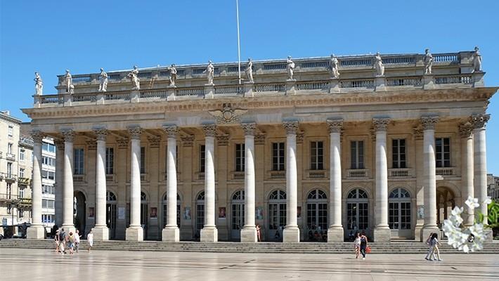 historical-bordeaux-free-walking-tour-4
