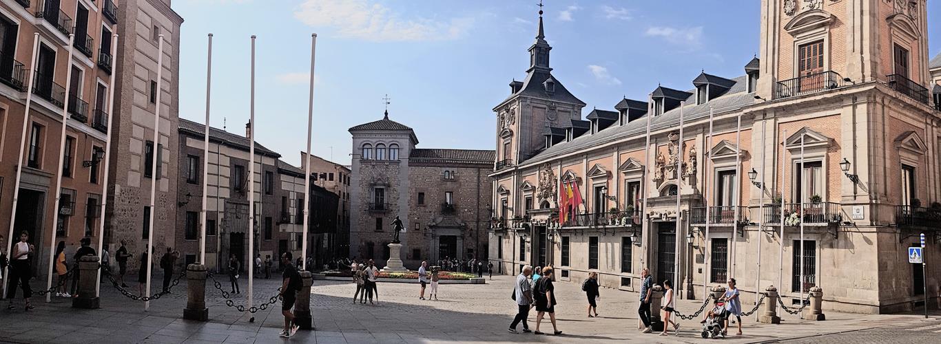 Madrid of Austrias Free Tour
