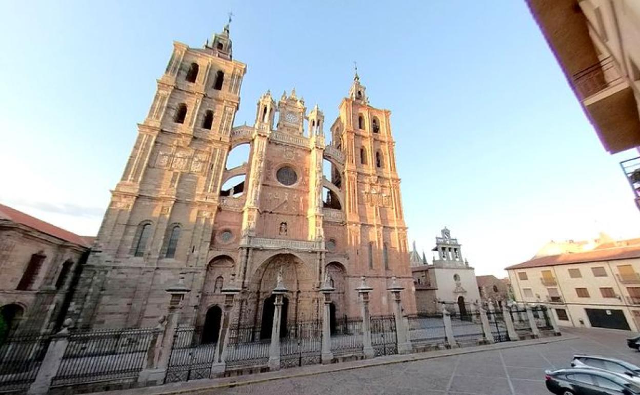 Astorga Free Tour with tasting
