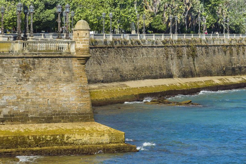 Free-Tour-Caleta-y-Castillos-de-Cadiz-14