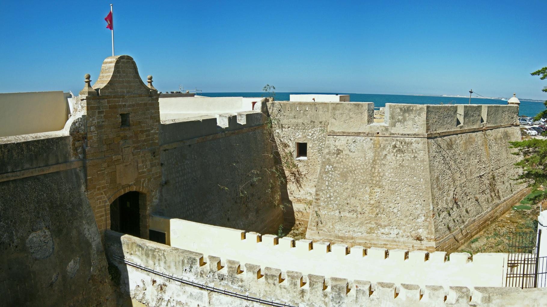 Free-Tour-Caleta-y-Castillos-de-Cadiz-1