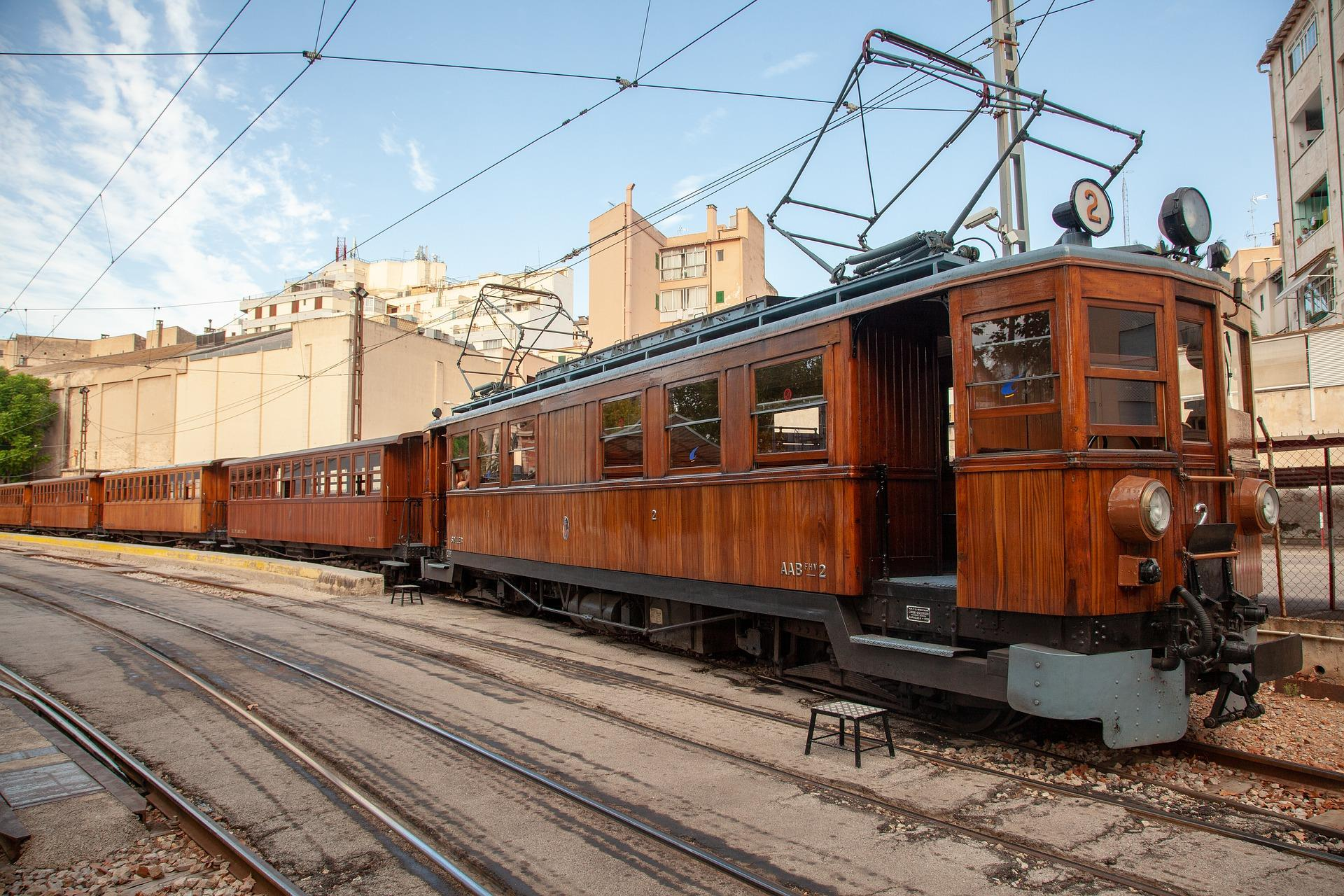 Private-excursion-to-Soller-by-train-and-tram-2