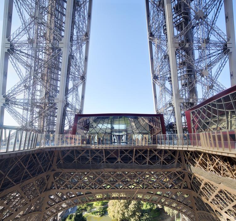 Skip-the-line-Tower-Eiffel-1