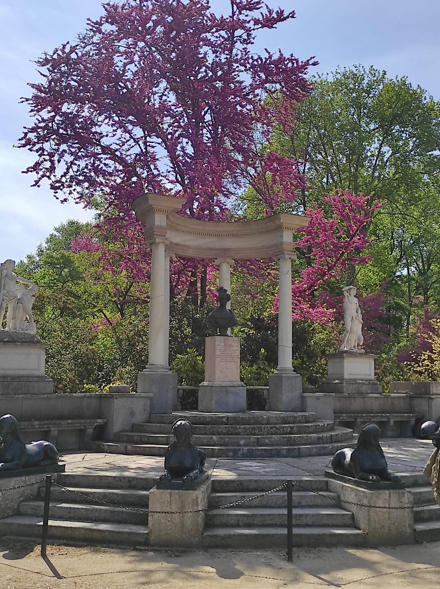 Free-Tour-por-el-Parque-del-Capricho-1