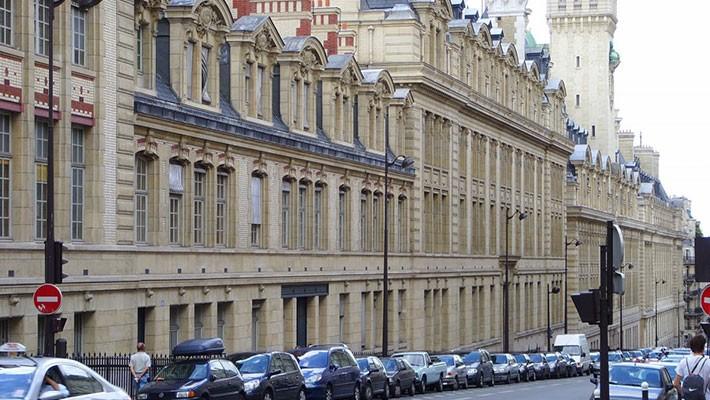 paris-latin-quarter-free-walking-tour-1