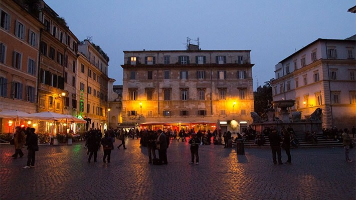 roma-by-night-free-walking-tour-7