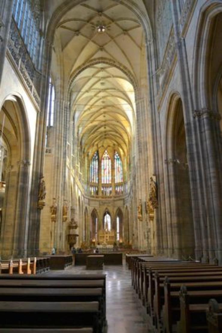 Free-Tour-Mala-Strana-y-Castillo-de-Praga-5