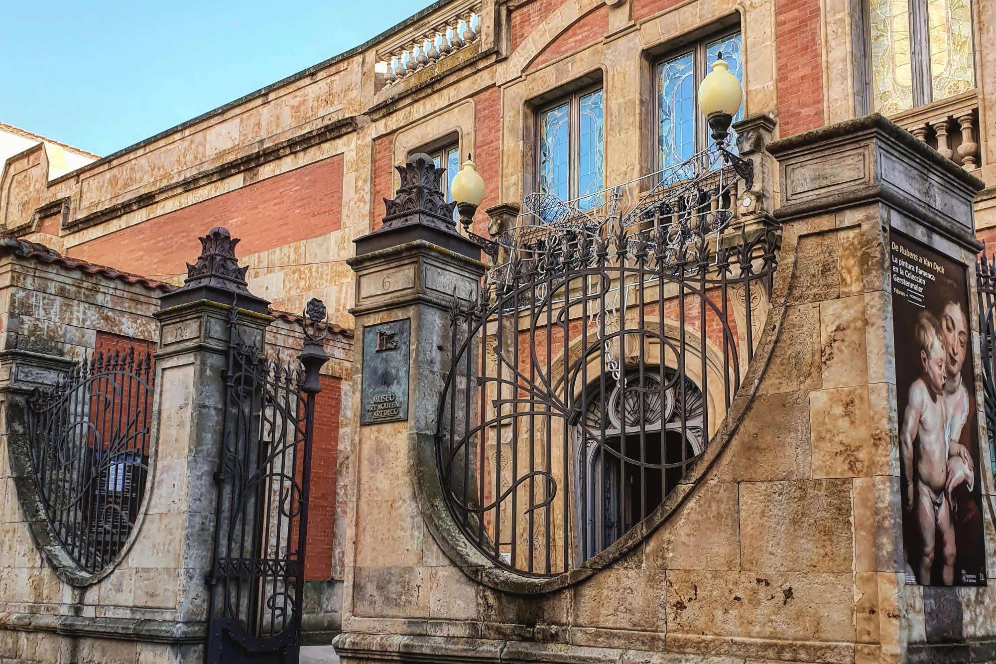 Tour por el Museo Casa Lis