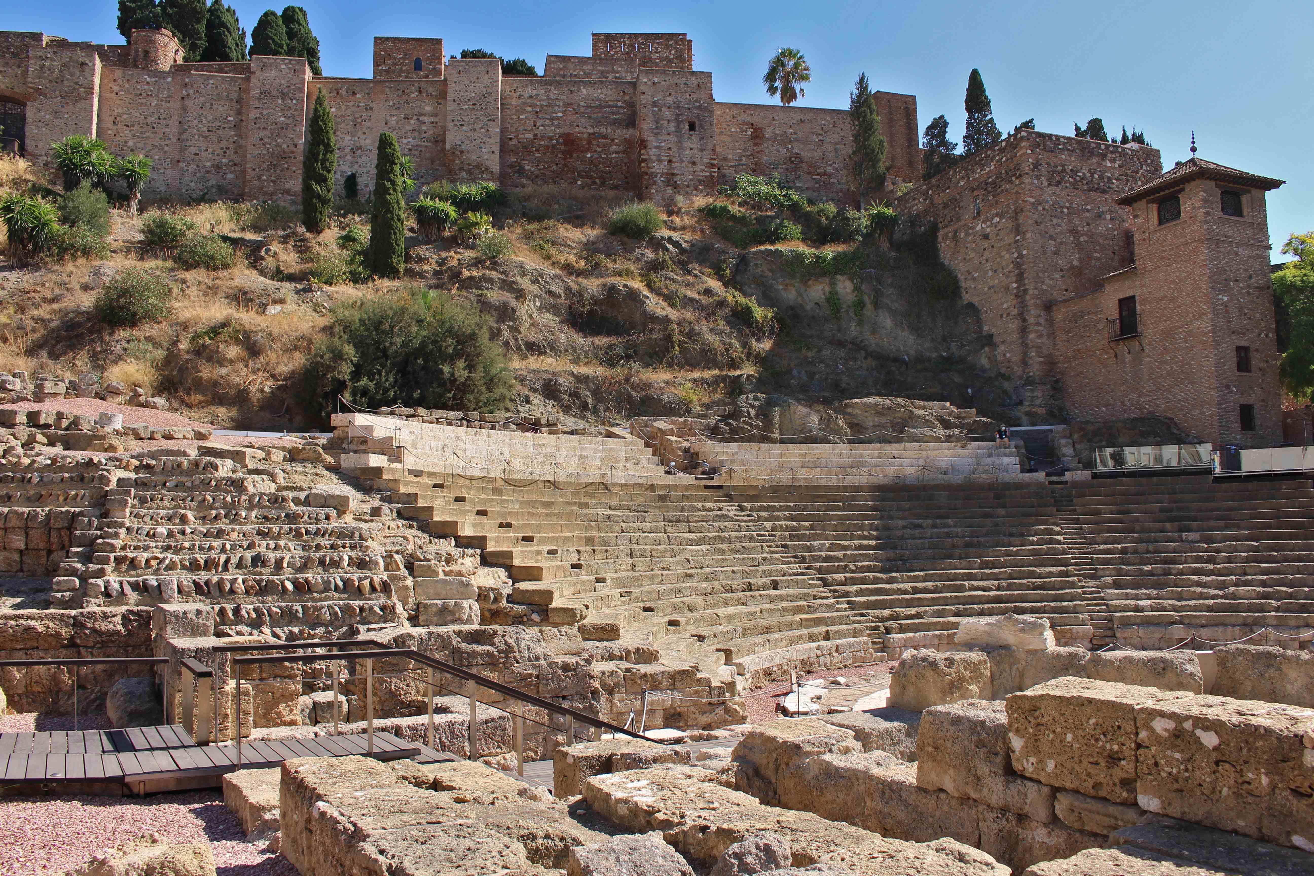 Free-Tour-historic-centre-of-Malaga-at-sunset-1