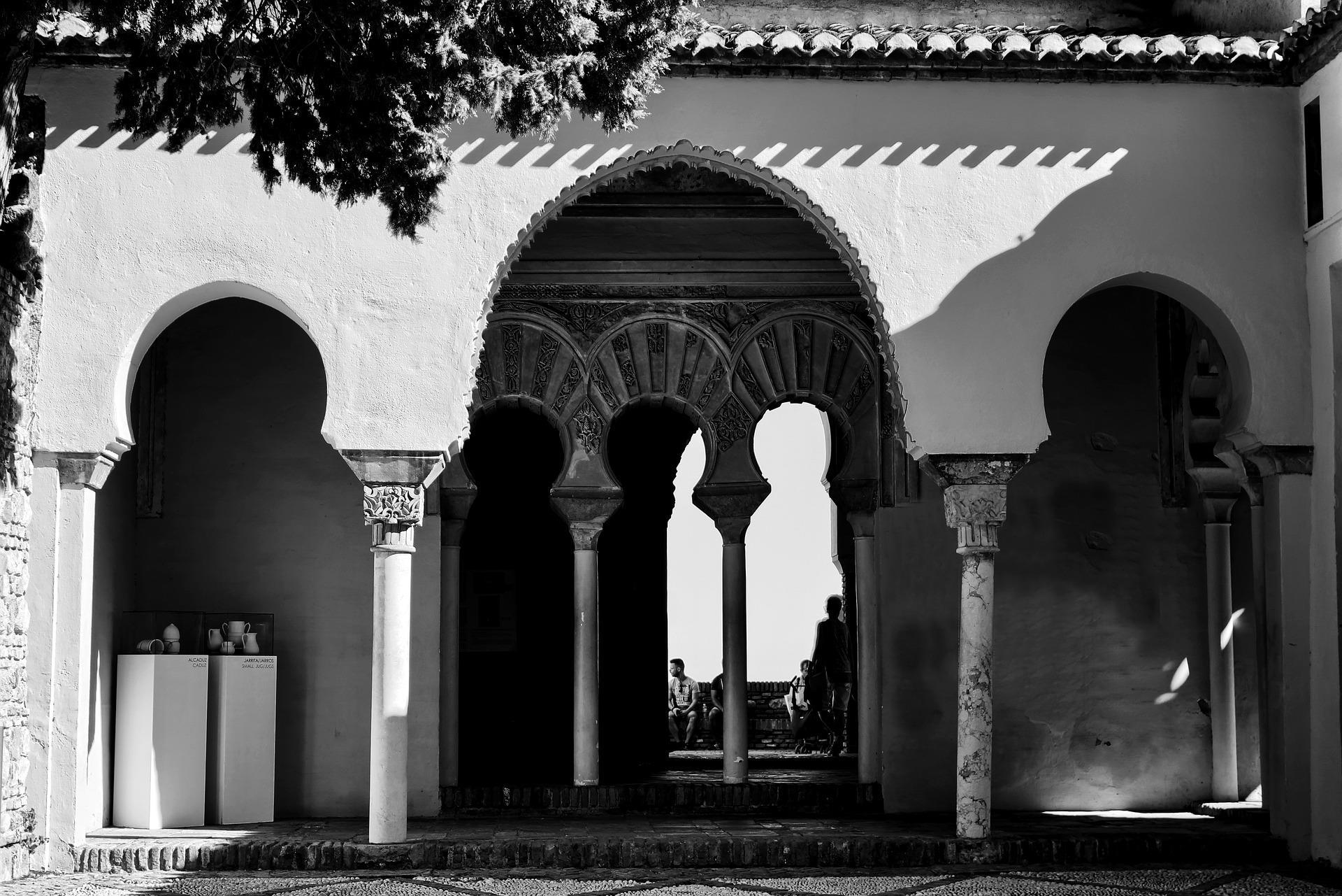 Visita el Teatro Romano y Alcazaba por la tarde