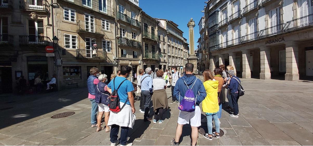 Free-Tour-Santiago-Essential-2