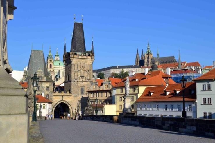 Free-Tour-Mala-Strana-y-Castillo-de-Praga-7
