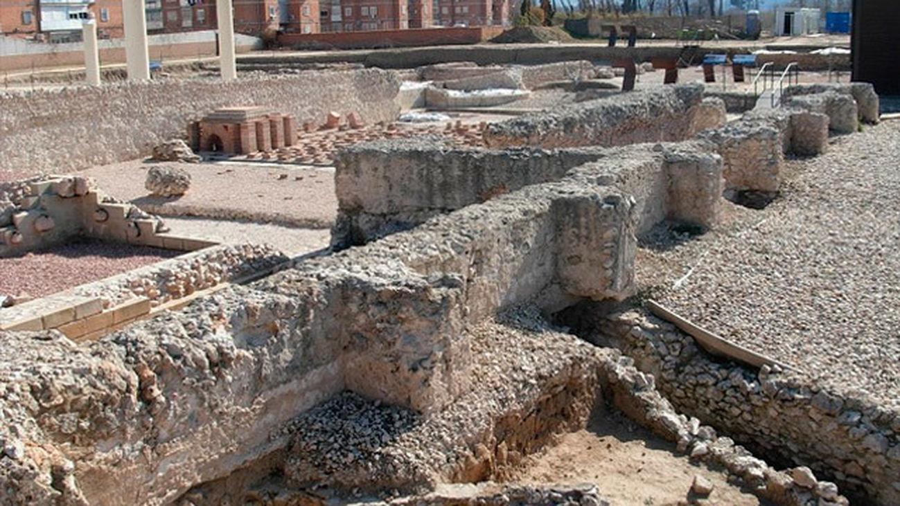Free-Tour-ciudad-romana-de-Complutum-2