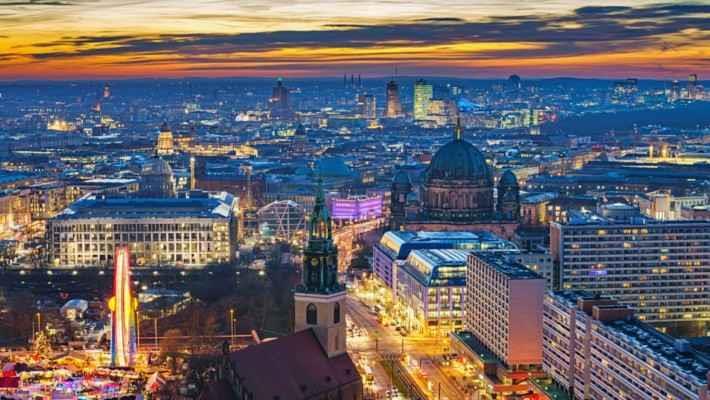 berlin-by-night-tour-2