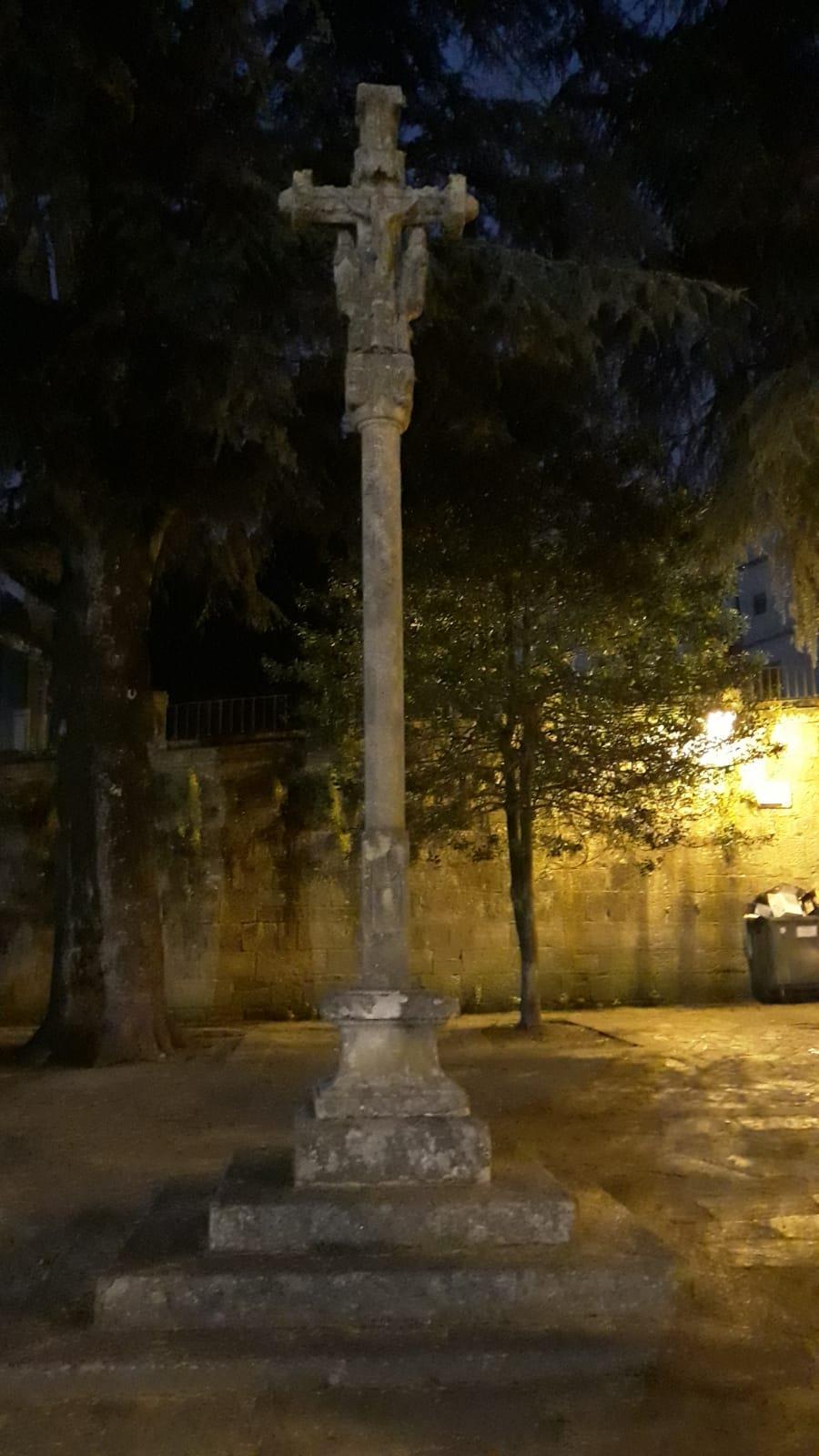 Free-tour-Solo-para-Adultos-Santiago-de-Compostela-3