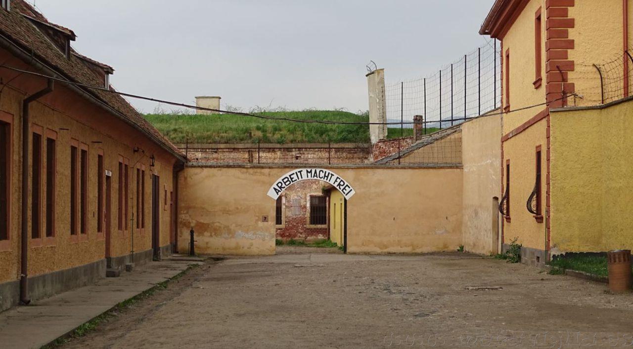 Visita al Campo de Concentración de Terezín