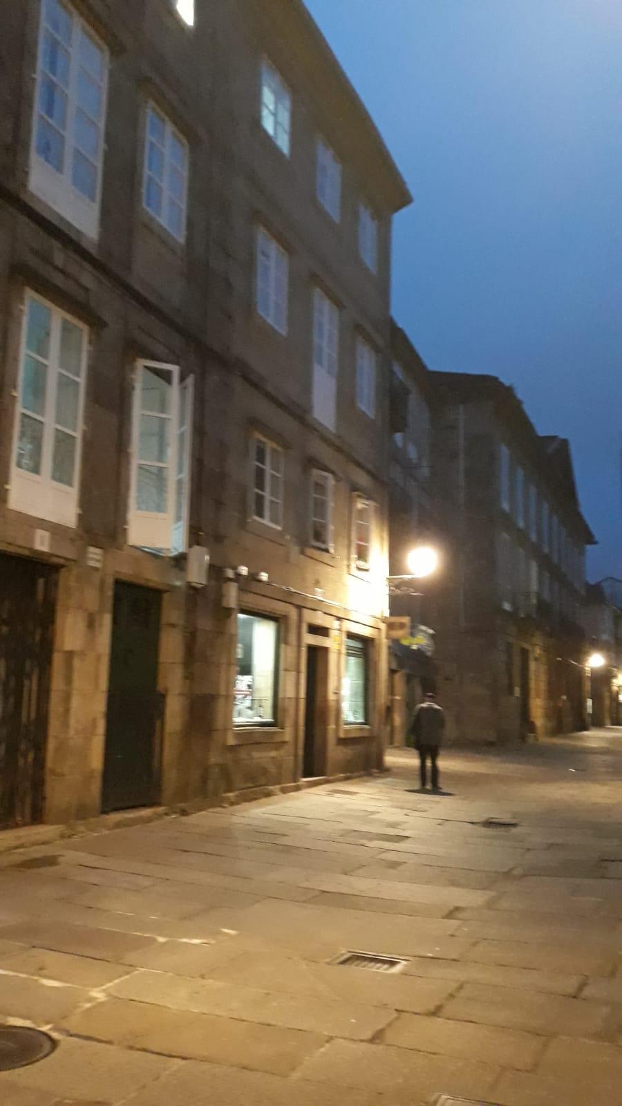 Free-tour-Solo-para-Adultos-Santiago-de-Compostela-7