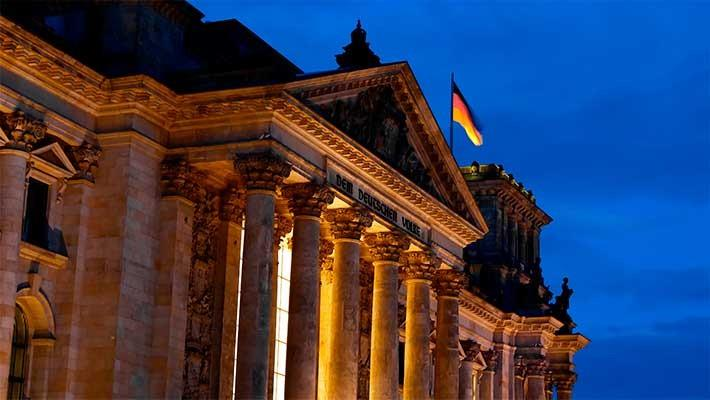 berlin-by-night-tour-7