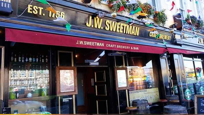 temple-bar-tour-history-of-the-irish-pubs-8