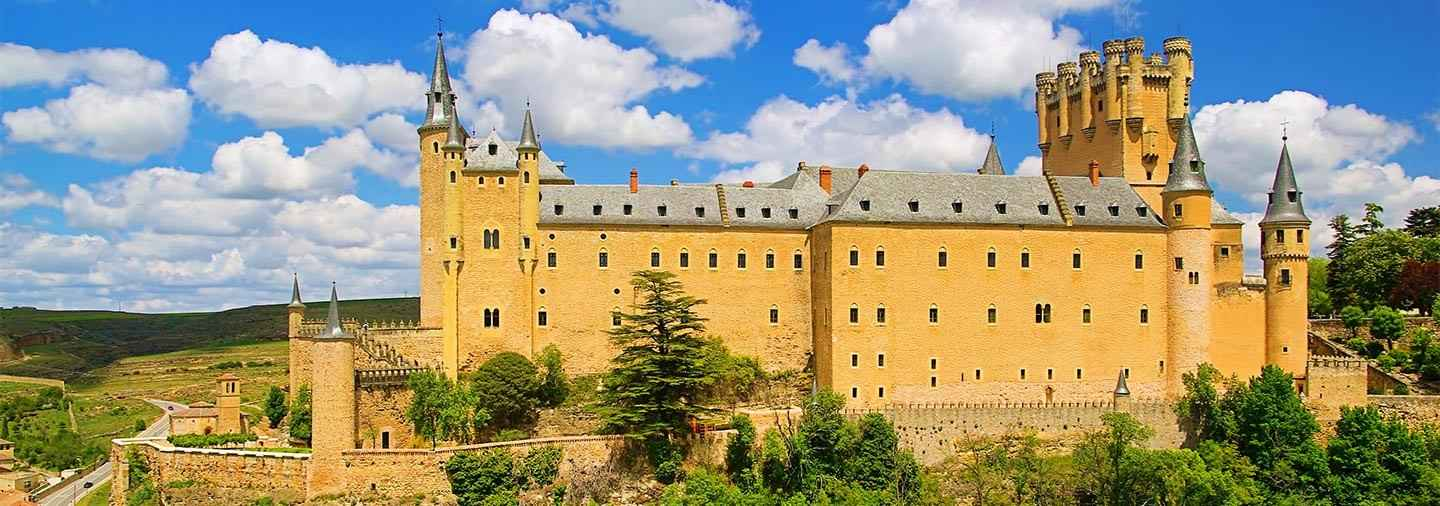 Best of Segovia Tour with tickets