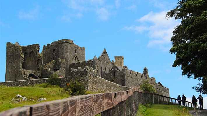 cork-rock-of-cashel-day-trip-5