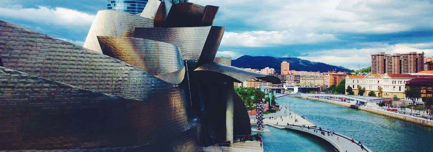 Modern Bilbao Free Walking Tour