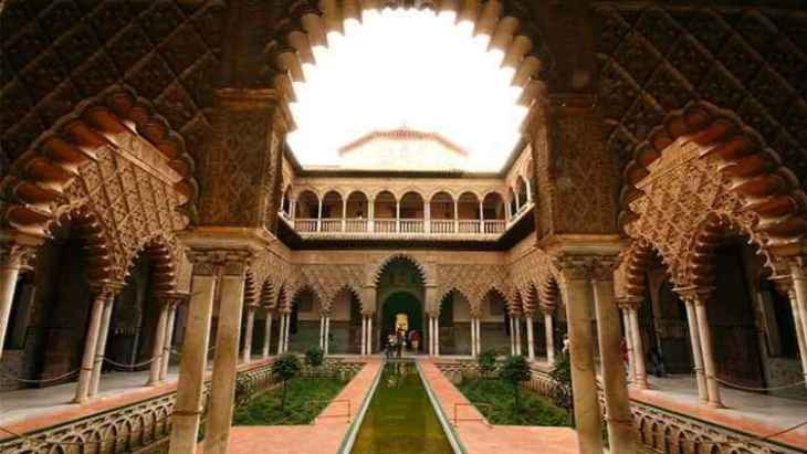royal-alcazar-seville-tour-3
