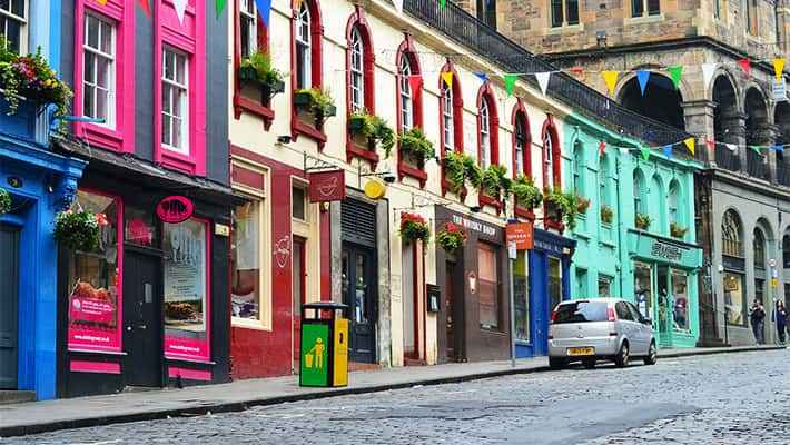 edinburgh-free-walking-tour-1