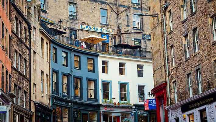 edinburgh-free-walking-tour-2