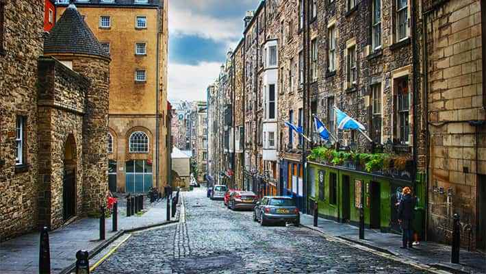 edinburgh-free-walking-tour-4