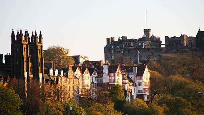 edinburgh-free-walking-tour-7