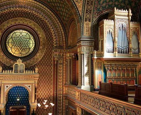 Que-ver-en-Praga-Sinagoga-española_opt.jpg