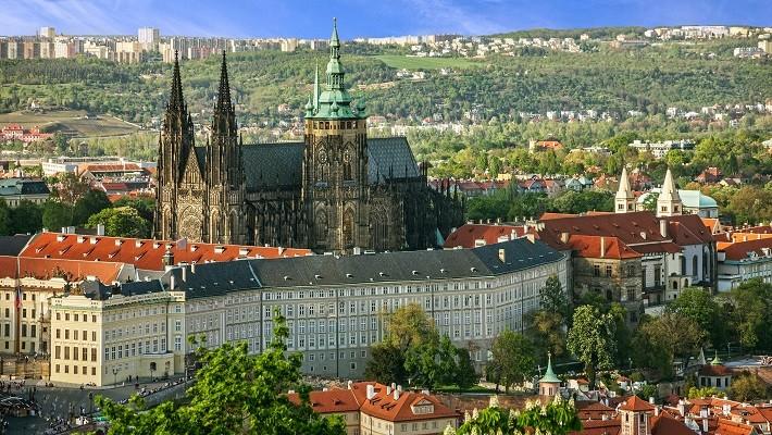 prague-castle-and-mala-strana-district-tour-3