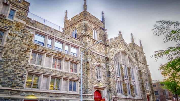 harlem-gospel-church-and-new-york-contrasts-tour-4