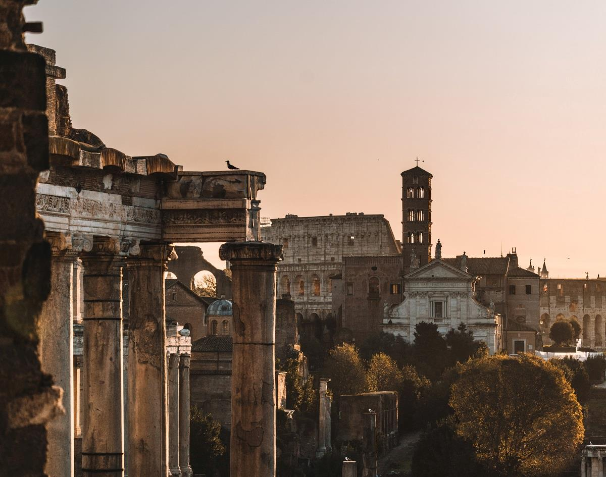 Jewish Quarter and Ancient Rome Free Walking Tour