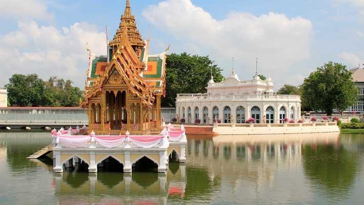 ruins-of-ayutthaya-guided-tour-5